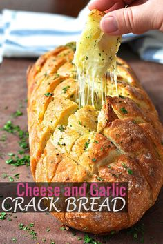 Pull-apart Cheese and Garlic Crack Bread French Garlic Bread, French Bread Loaf, Garlic Cheese Bread, Cheesy Garlic Bread, Stuffed French Bread, Pesto Bread, Pull Apart Cheese Bread, Pull Apart Garlic Bread, Instapot Bread