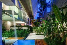 Casa de fim de semana em São Paulo. Arquiteto Angelo Bucci / SPBR