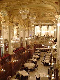 Spectacular coffee shops: Budapest  New York Coffee House, Budapest #Coffee #NewYorkInBudapest