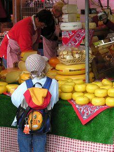 Kaaskraam, Markt, Gouda, Zuid-Holland.