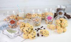 Cookies n milk Edible Cookies, Edible Cookie Dough, Cubby Shelves, Muffin, Milk, Breakfast, Desserts, Food, Morning Coffee