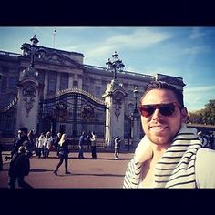 #buckingham #palace #london #england #me #selfie #instagood #instamood #instadaily #webstagram #photo  (Taken with Instagram)