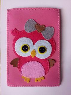 100% handmade felt cloth phone case/passport holder..cutie owl by ifelt..