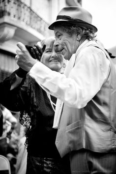 Street Tango. Buenos Aires 2011by Chigirev Portrait Photography