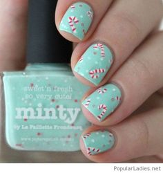 amazing-christmas-manicure-with-mint-nail-polish