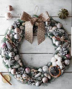 Венок wreath decor new year christmas декор интерьер Christmas Wreaths, Merry Christmas, Christmas Decorations, Holiday Decor, Advent Wreath, Quilling Art, Arte Floral, Wonderful Time, Diy