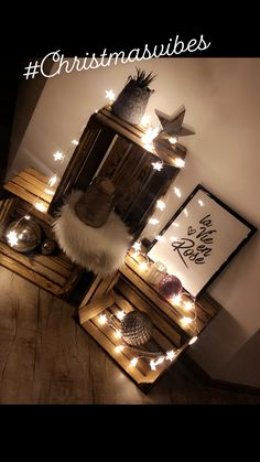 chests # Christmas decoration # Light chain - # - Best ROUTINES for Healthy Happy Life Decorating With Christmas Lights, Christmas Decorations, Decoration Vitrine, Light Chain, Creation Deco, String Lights, Light String, Crates, Beautiful Pictures