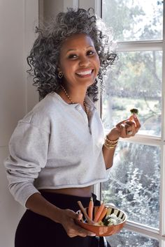 My 3 Go-To Healthy Snacks | Healthy Recipes - The Tennille Life Grey Hair Journey, Curly Hair Styles, Natural Hair Styles, Healthy Snacks, Healthy Recipes, Ageless Beauty, Weight Loss Snacks, Aging Gracefully, Beautiful Black Women