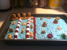 Swimteam cake I made for the end of season party.