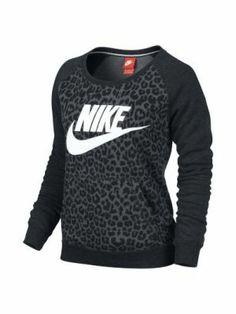 Nike Rally Women's Sweatshirt