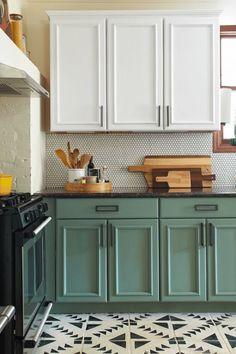 Green Kitchen Cabinets, Farmhouse Kitchen Cabinets, Kitchen Cabinet Colors, Painting Kitchen Cabinets, New Kitchen, Kitchen Decor, Kitchen Ideas, Kitchen Counters, Kitchen Islands