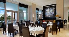 La Luce is an Italian restaurant rated on the top ten list on Trip Advisor and located in one of my favorite hotels in Orlando, Hilton Bonnet Creek. Therefore,