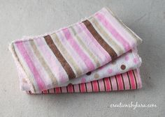 baby washcloth tutorial   This looks very easy for a novice like me and a great way to make a fun, fast and practical gift (would be cute to do with scraps from a baby blanket).  And honestly a beautiful gift for not just babies.