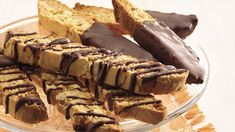 Use a foolproof cake mix for an easy way to coffee-shop biscotti, the Italian twice-baked cookie.KITCHEN TESTED – Chocolate Banana Cake Mix Easy Biscotti Recipe, Biscotti Cookies, Almond Cookies, Chocolate Cookies, Christmas Biscotti Recipe, Chocolate Snowballs, Pistachio Biscotti, Coconut Chocolate, Cake