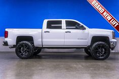 """2014 Chevrolet Silverado 1500 LT 4x4 truck For Sale with Brand New 6"""" Fabtech Performance Lift with 20"""" Fuel Coupler Wheels on 35"""" x 12.50 R20 Nitto Trail Grappler Tires!  