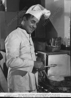 1937 Leo Carrillo Stars In Film As MASTER CHEF Press Photo