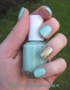 newest nail trend that I'm obsessed with!!! painting all your nails a solid color than making it a little more girly by painting your ring finger with gold, silver etc.