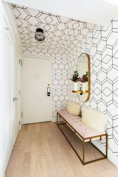 If you really want to make a statement in a room, don't neglect your fifth wall. Ceiling wallpaper is the unexpected trend we can all get behind. Or, uh, underneath. Geometric Removable Wallpaper, Villa, Most Beautiful Wallpaper, Condo Living, Living Rooms, Built In Desk, Ceiling Design, Entryway Decor, Foyer