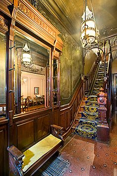 Spectacular Entry!! Brooklyn NY Brownstone | 272 Berkeley Place . . .#hall . . #foyer . . #interior