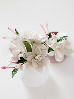 Create Susanna Righetto's romantic bouquet of gardenias and madagascar jasmine at Squires Kitchen's International School.