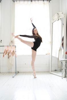 Ballet Beautiful's Mary Helen Bowers: On Dark Chocolate And How To Get That Perfect Ballet Body — The New Potato