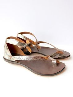 a7ac543704e Cydwoq Tomcat Sandal in Platinum Leather