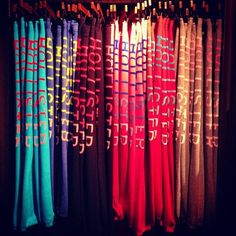 ✐ -Anything from Hollister..(Sweats, Perfume, Sweaters/hoodies, Dressy Tops, Gift Cards.)