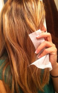 Use dryer sheets for frizzy hair!-51 Beauty Hacks You Need To Be Using 82 - https://www.facebook.com/diplyofficial