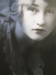 Violet TrefusisnéeKeppel(6 June 1894 – 29 February 1972)