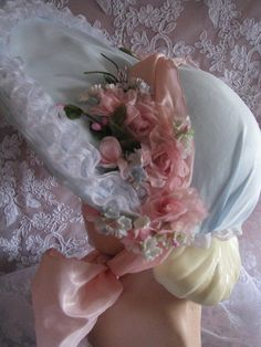 Easter bonnet Idea. I think this is pretty maybe I will decorate my daughters somewhat like this. When I get her hats.