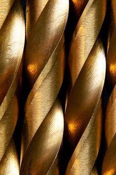 wishespleasures Solid Gold (via Pin by Rita Safruk on Color: Solid Gold | Pinterest)