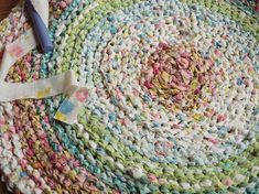 DIY Rag Rug with Old Sheets or T-Shirts