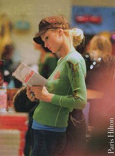Paris Hilton sabe leer!
