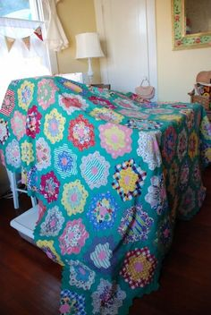 LOVE the green path.  I sure wish the modern solids would come out with greens like the vintage 30s quilts.