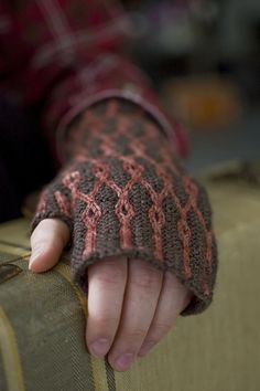 Ravelry: Project Gallery for Intertwined Mitts pattern by Maureen Foulds