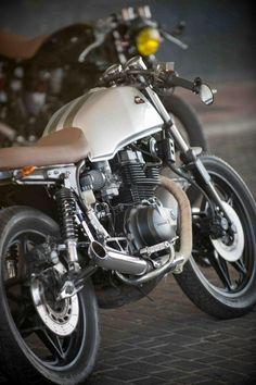 Honda cb 450dx cafe racer de ROA MOTORCYCLES - Caferz.com