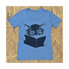 reading kitty tee