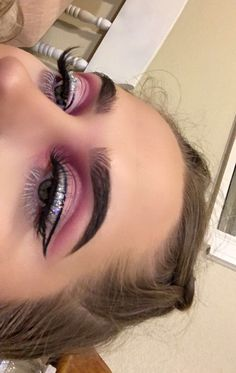 New post on toofacedd Rave Makeup, Glam Makeup, Makeup Inspo, Makeup Art, Makeup Inspiration, Beauty Makeup, Pink Eye Makeup Looks, Eyeshadow Looks, Flawless Face Makeup