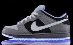 "Nike SB Dunk Low ""Premier X Nike SB"""