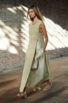 Slit dress top