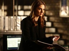 Say it's not so!!  Beckett 0s leaving Castle??   Tamala Jones will also leave the series, which still awaits its renewal fate from ABC  http://www.people.com/article/castle-stana-katic-tamala-jones-leaving-before-season-9?xid=socialflow_facebook_peoplemag