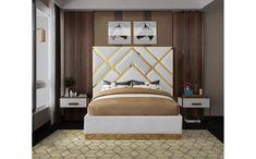 Meridian Furniture Vector Green Gold metal / green velvet contemporary king bed Take your bedroom space to a Velvet King Size Bed, White King Size Bed, Yellow Bedding, Black Bedding, King Beds, Queen Beds, Bedroom Bed Design, Bedroom Sets