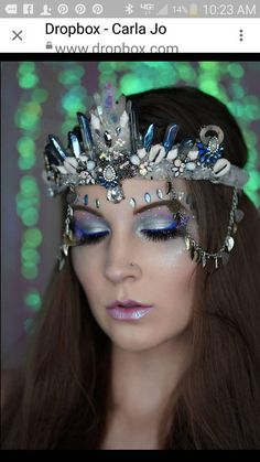 Tints of blue titanium crystals mixed with angle aura and quartz crystals as well. Perfect for any princess or mermaid. Seashell Crown, Seashell Wedding, Festival Gear, Festival Fashion, Destination Imagination, Mermaid Crown, Sea Witch, Pink Stuff, Crystal Crown