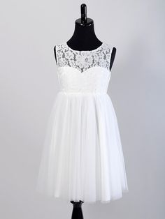 Hey, I found this really awesome Etsy listing at https://www.etsy.com/listing/238933639/flower-girl-dress-lace-bodice-tulle
