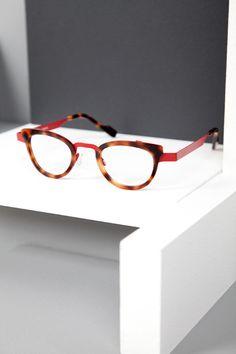 8176ec6698 Anne et Valentin Feist color U78 Fashion Eye Glasses