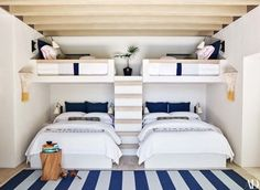 See Inside (and Outside) The Incredible Baja, Mexico Retreat – Kid's room – einrichtungsideen wohnzimmer Bunk Bed Rooms, Bunk Beds Built In, Four Bunk Beds, Corner Bunk Beds, Queen Bunk Beds, Home Bedroom, Kids Bedroom, Bedroom Decor, Bedroom Ideas