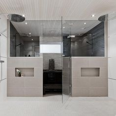 Kauniit materiaalit kylpytiloissa Laundry Room Bathroom, Bathroom Plans, Bathroom Toilets, Bathroom Inspo, Bathroom Inspiration, Sauna Shower, Sauna Design, Sauna Room, Home Spa