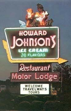 """I remember eating at """"Ho Jos"""" when we would go on vacation, although I don't remember staying at one of their motels. (We usually stayed at Holiday Inn motels on vacation.) Even into the my husband and I liked to eat at Ho Jo. Vintage Signs, Vintage Ads, Vintage Hotels, Retro Ads, Great Memories, Childhood Memories, Howard Johnson's, Vintage Restaurant, Photo Vintage"""