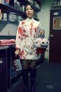Not For the Squeamish! She Crocheted a Decapitated Pigu0027s Head Purse. Halloween IdeasHalloween CostumesPigsColor ...  sc 1 st  Pinterest & Adult Bloody Butcher Costume | Costumes u0026 Makeup | Pinterest ...