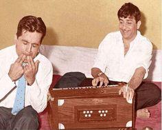 Raj Kapoor & Dilip Kumar having a blast!